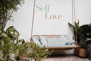 self love how to with mindfulness | emindful.com